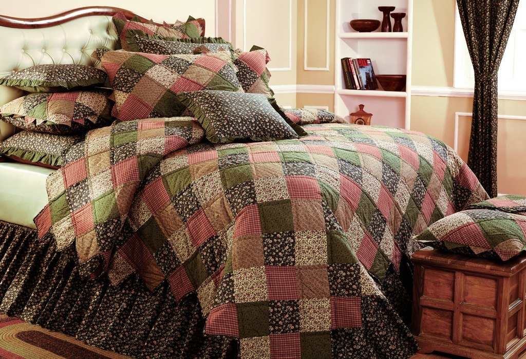 Anthem AZ heirloom bedding
